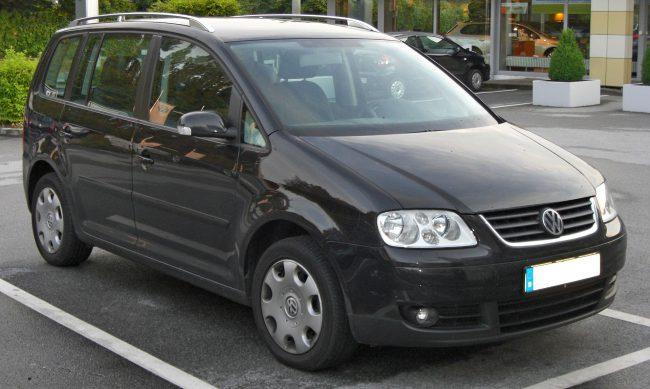 Дорестайлинговая версия Volkswagen Touran первого поколения
