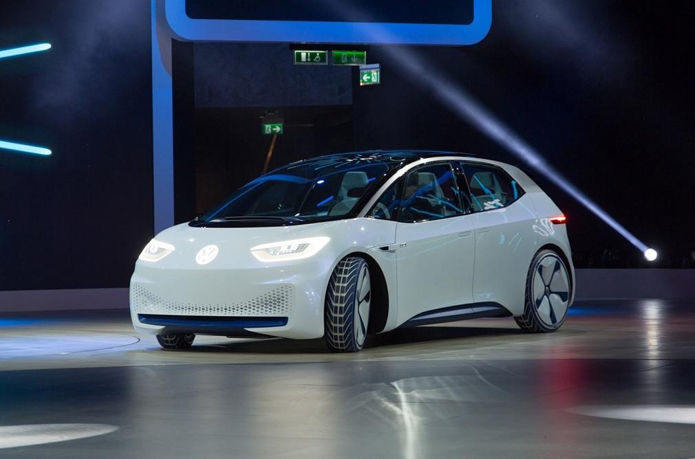 Концепт первого серийного электромобиля