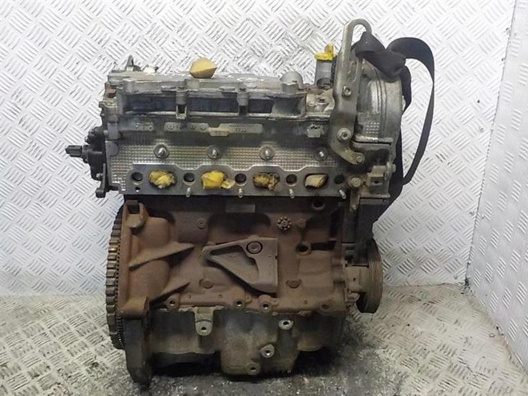 Бензиновый двигатель K4M