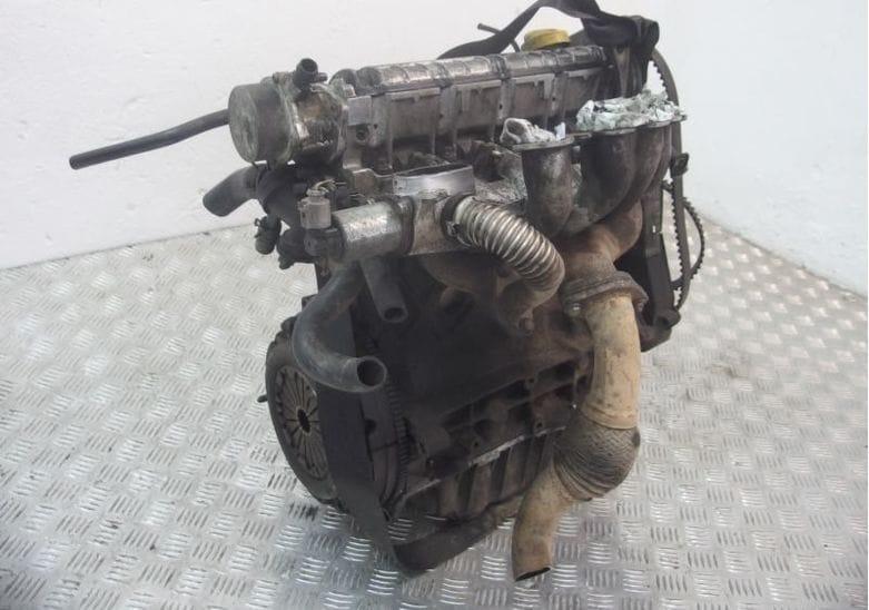 F8Q двигатель