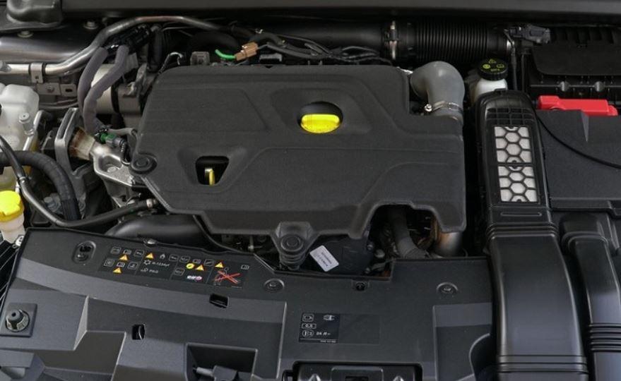 Двигатель R9N