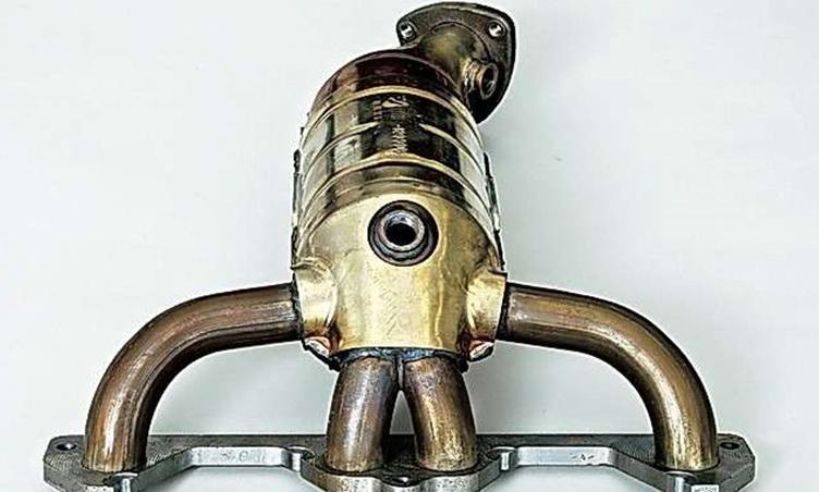Новый катколлектор двигателя